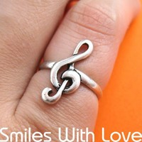 Treble Clef Musical Note Ring in Silver - Sizes 5 to 7 Available
