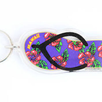 HOT VINTAGE FLIP FLOP SHAPE HAWAII KEYCHAIN, COLLECTABLE ITEM, 60s - 70s, USED