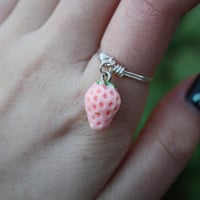 Pink Strawberry Ring// Fruit Ring, Silver Ring, Quirky Rings, Dangle Ring, Charm Ring, Wire Ring, Wire Wrapped, Dainty Ring, Gift, Stackable