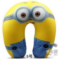 2015 HOT New Beautiful Places 30CM Despicable me 2 Minions U Neck Pillow Cushion Foam Particles