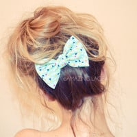 Geometric Bow Hair Clip Mint for Messy Haired Dames