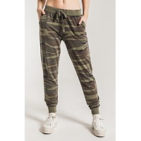 The Camo Pant- Camo Forrest Green
