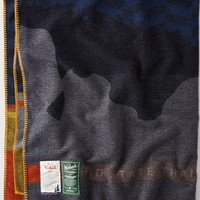AEO 's Woolrich Mid State Trail Blanket (Blue)