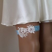 toss garters, white, turquoise,   lace,    wedding garters,    bridal accessores,   garter suspander,    free shipping!
