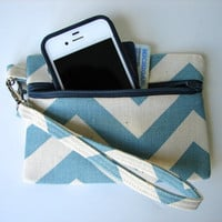 Chevron Wristlet Wallet in Blue and Cream, Keychain Wallet, Iphone Wallet, Teal Chevron Wallet