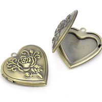 DoreenBeads Antique Bronze Heart Shape Rose Picture/ Photo Frame Locket Pendants 29x29mm(Fit 21x17mm),1 pc