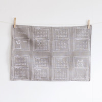 Fog Linen Work 2016 Calendar Window Cat