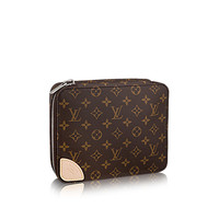 Products by Louis Vuitton: Horizon Accessories Pouch