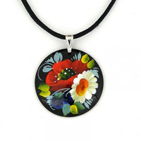 Pendant (coulomb) wooden hand-painted flowers oil paints.
