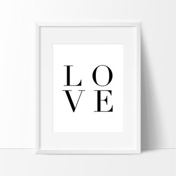 Love Typography Black and White, Wall Decor Ideas
