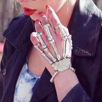 Silver Cool Edgy Punk Rock Grungy Skeleton Skull Bone Finger Hand Ring Bracelet