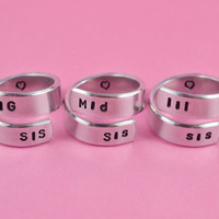 BIG SIS/Mid Sis/LiL SiS  - Hand Stamped Spiral Rings Set, Shiny Aluminum Rings, Forever Love, Friendship, BFF Gift, Arial Font Version