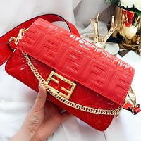 Fendi New fashion more letter chain shoulder bag crossbody bag Red