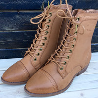 Lucy Laced Boot in Natural