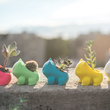 Bulbasaur Planter, 3d printed, Pokemon, 3D printed, cute, monster, geekery, Home & Garden