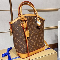 Louis Vuitton LV handbags personality all-match single shoulder bag