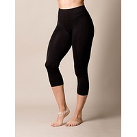 Control Fit Capri Leggings