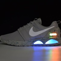 nike roshe run air mag run led color grey 417744 001