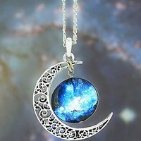 CHOP MALL® European Galaxy Fashion Timed Stone Pendant Necklace(1 Pc)