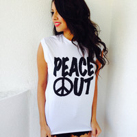 #URBANSTRANGERS- Peace Out Tank