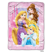 Disney Princess Classic Dreams  Micro Raschel Blanket (46in x 60in)