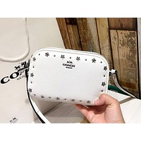 COACH 2019 new women's double zipper rivet crossbody bag white