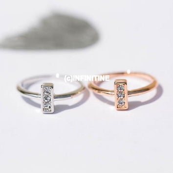 Cz square knuckle ring with 3 cubic zirconias,jewelry rings,fashion rings,anniversary ring, unique rings,rings for women,girls rings