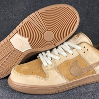 Nike SB Dunk Low QS Wheat 883232-700 36---45
