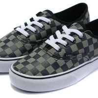 Vans VANS AUTHENTIC SKATE SHOES 7 (NAVY)