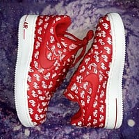 Nike Air Force 1 New fashion more letter hook print shoes Red