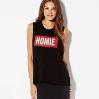 AE EFFORTLESSLY CHIC GRAPHIC MUSCLE T-SHIRT