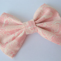 Pink fabric bow, lace bows  hair clip, shabby chic, Kawaii rockabilly hairclips, victorian style fabric, classic tuxedo bow, big fabric bows