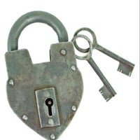 Antique Reproduction Heart Padlock with 2 Skeleton Keys INsideOUT