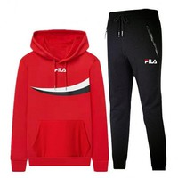 FILA 2018 winter new sports and leisure fashion trend knit sportswear two-piece Red