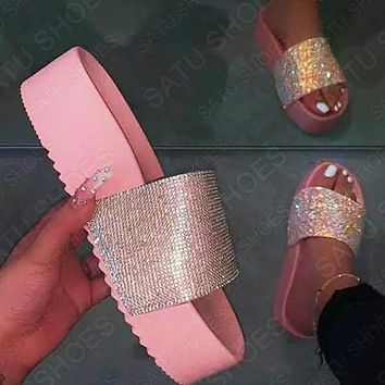 Summer Trending Woman Casual Diamond Thick Soles Sandals Slippers Shoes