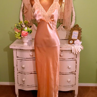 1930s 40s Lingerie, 30s Peach Deco Negligee, Flapper Lace Nightgown, Old Hollywood Glam, Downton Abbey, Vintage Slip, Gorgeous! Size Medium