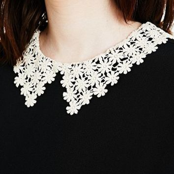 Cooperative Daisy Collar Tee - Urban Outfitters