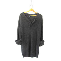 vintage gray slouchy sweater. oversized sweater. henley pullover shirt.