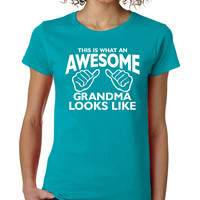 Tropical This Is What An Awesome Grandma Looks Like Crewneck Tee