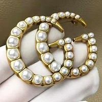 GUCCI Fashion New more pearl letter brooch accessory women