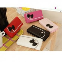 Sweet Candy Color Bowknot Embellished and Magnetic Closure Wallet For Women