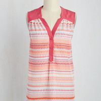 Girl About Easton Tunic in Chevron | Mod Retro Vintage Short Sleeve Shirts | ModCloth.com