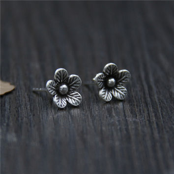 S925 Thai silver retro Beautiful flower stud earrings handmade for female fashion Temperament jewelry J0929-in Stud Earrings from Jewelry & Accessories on Aliexpress.com | Alibaba Group