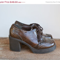 ON SALE Vintage 90s Chunky Heel Shoes Mudd Dark Brown Rave Club Kid Grunge Goth Industrial Size 7