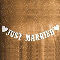 Romantic JUST MARRIED Banner Party Wedding Decoration Valentine's Day Bunting Garland