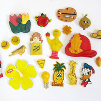 Vintage Lot of Kitchen Magnets for the Refrigerator / yellow and green
