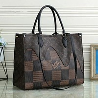 LV Louis Vuitton new retro printed letters ladies handbag shoulder bag shopping bag