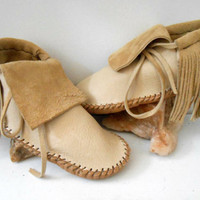 Short Moccasins With Fringe, Native American Plains Style, Custom Made to Order, Handmade, Handsewn, Powwow, Earthing Shoes, Natural