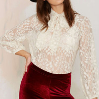 White Lace Bow-Tie Long-Sleeve Shirt