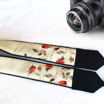 Flowers  Camera Strap. Roses Strap. Floral Camera Strap. Gift For Her.  Accessories